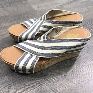 CROWN VINTAGE | Wedge Sandals